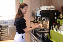 WMF espresso verwöhnt die Passagiere der AIDAcara mit leckeren Kaffeekreationen